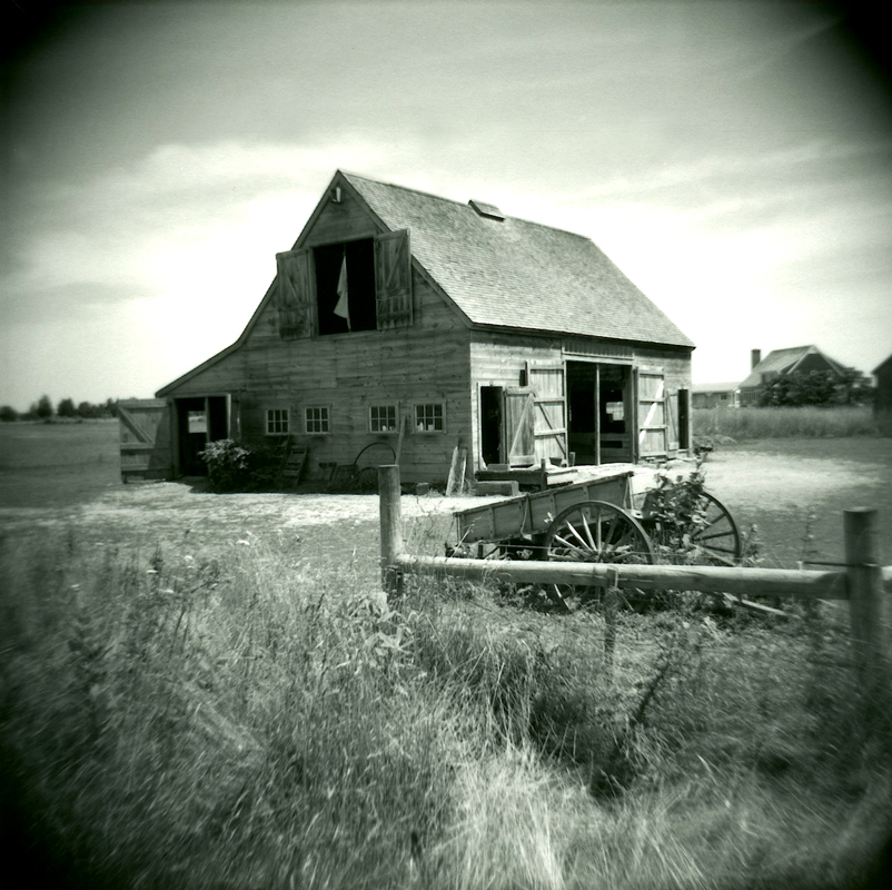 Barn-with-Wagon---Version-2-1