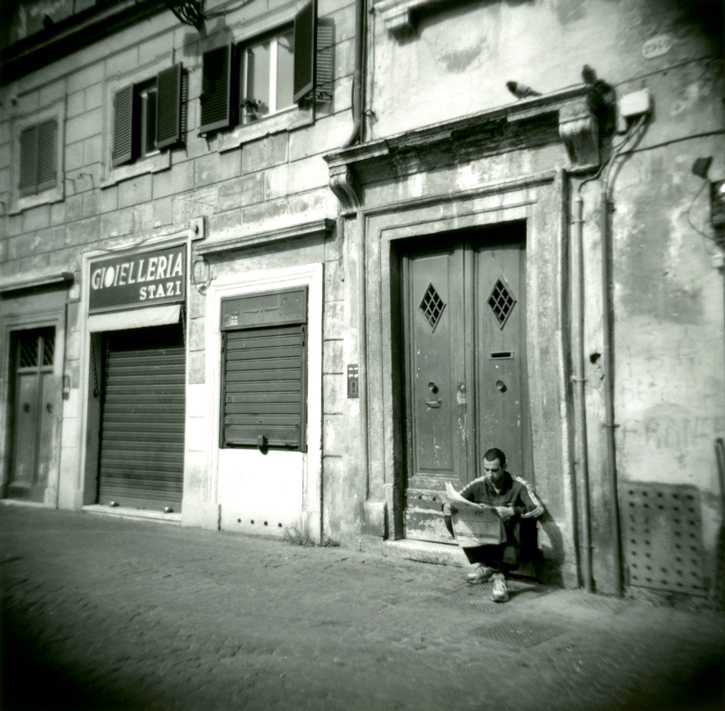 Man-Reading-Newspaper-Rome---Version-2